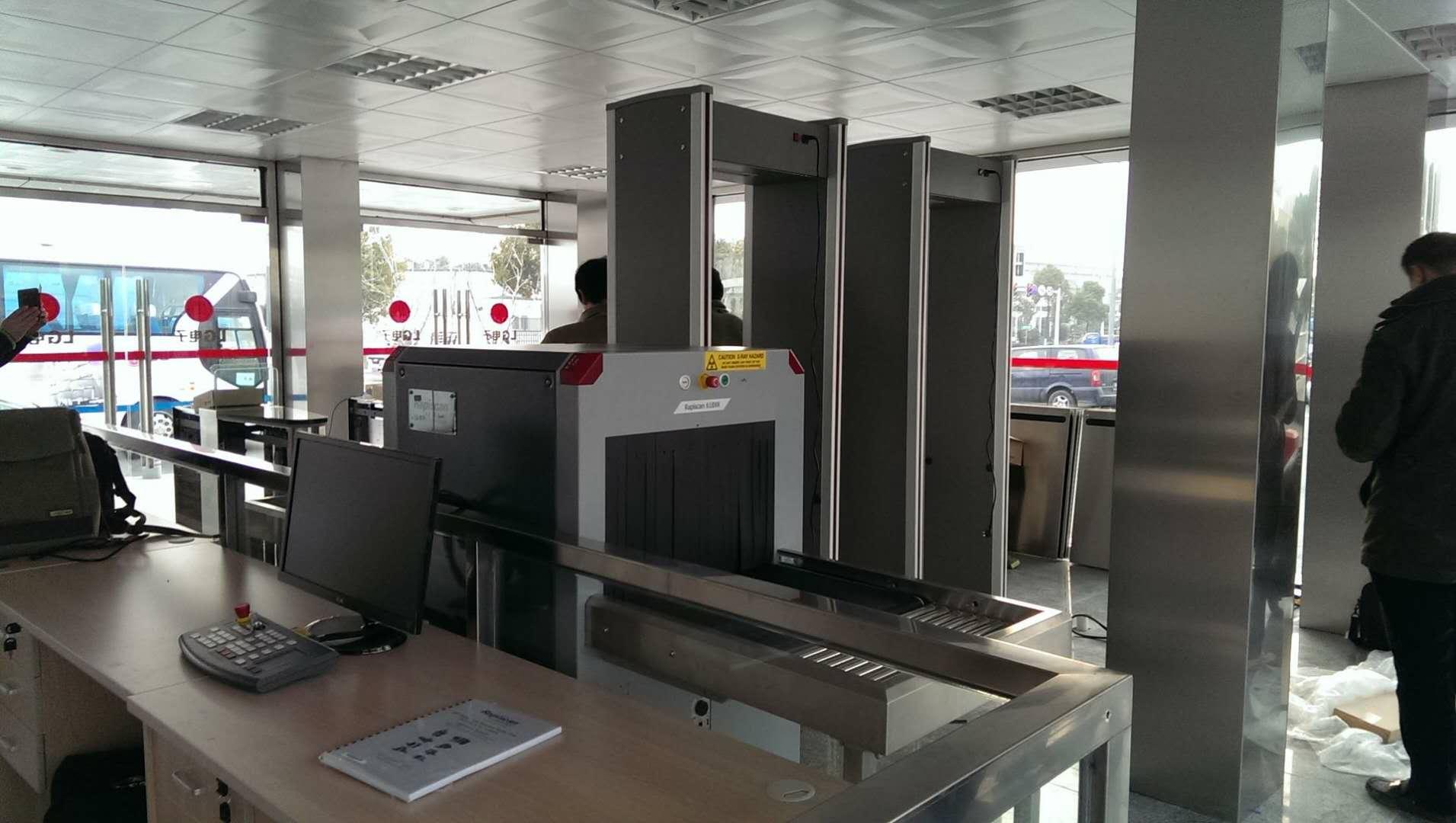 title='南京LG電子保安室閘機、安檢門和X光安檢機'